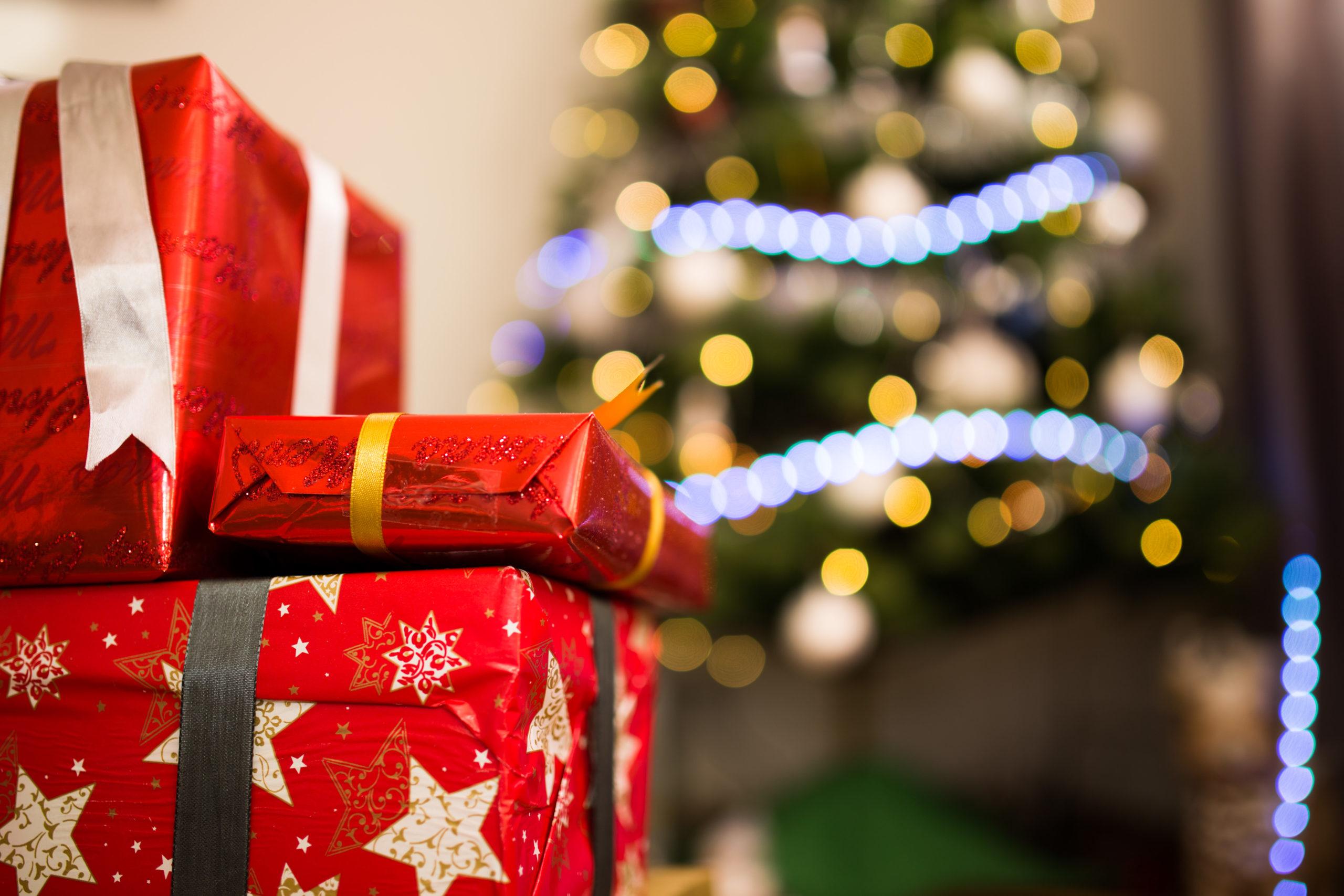 4 regali che da bambini non volevamo ricevere a Natale