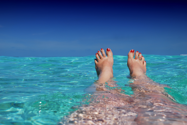 beach-blue-feet-37921.jpg